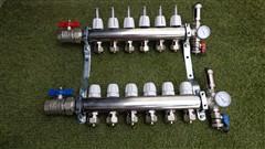 Rozdělovač podlahového topení pro 6 obvodů