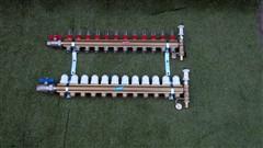 Rozdělovač podlahového topení pro 12 obvodů